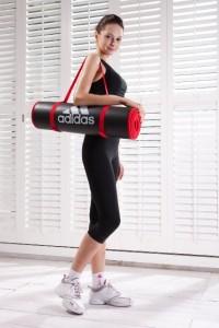 sportlich mit der Adidas Core Trainingsmatte