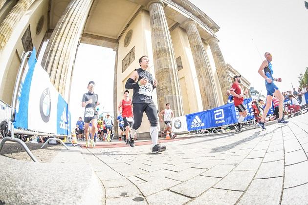 Berlin Marathon 2018 durch das Brandenburger Tor